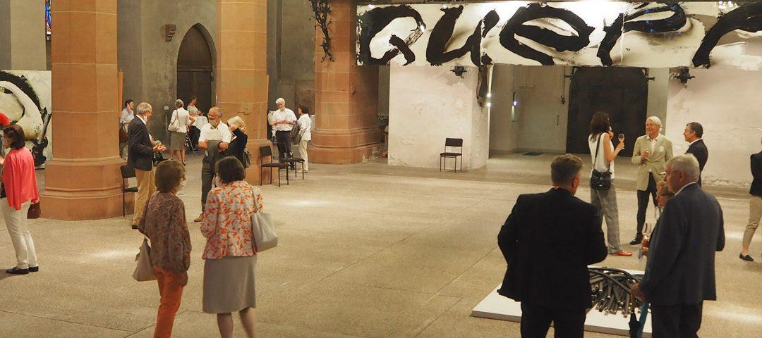 """Ausstellungseröffnung """"Licht und Quell"""" in der Stiftskirche"""