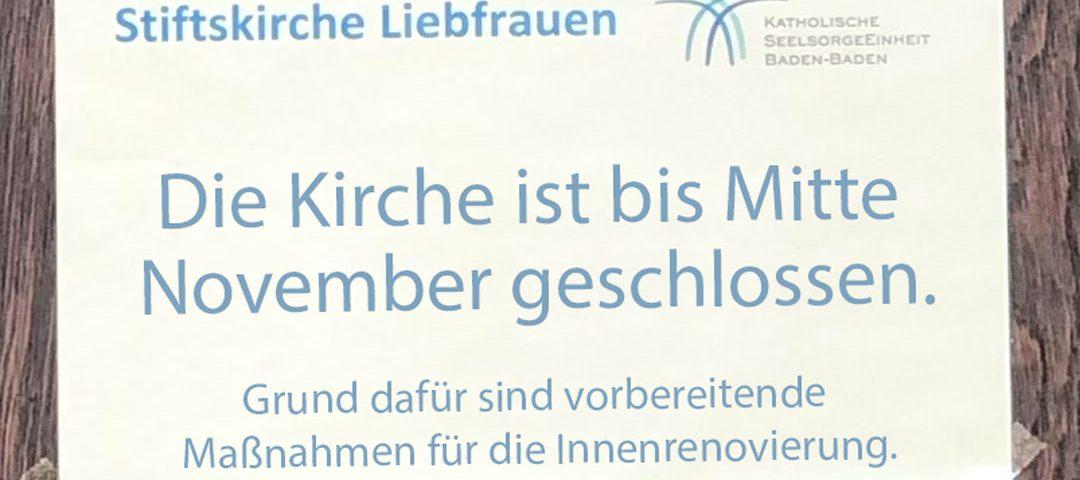 Die Stiftskirche ist im Oktober bis Mitte November geschlossen.