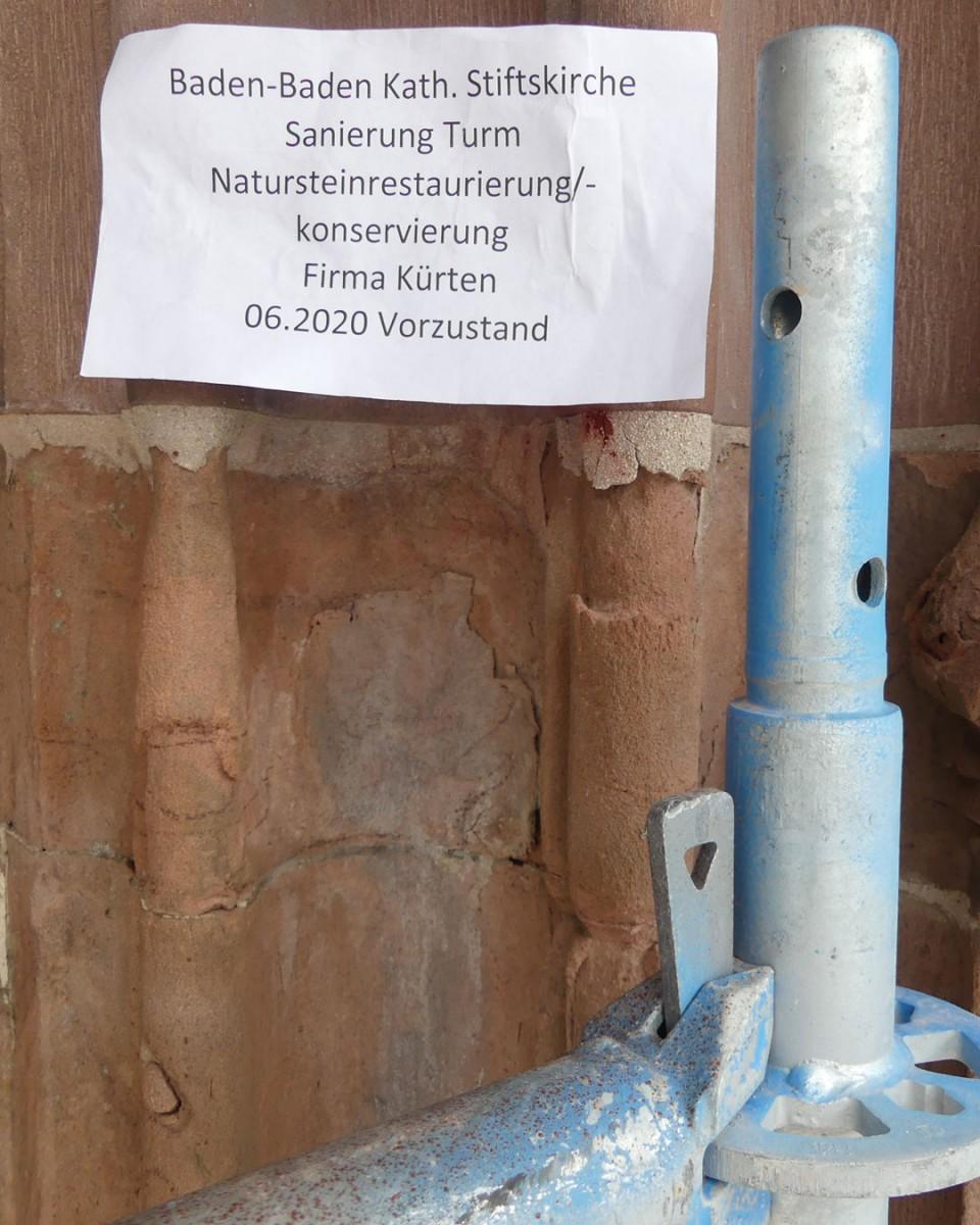 Zustand der Stiftskirche vor der Natursteinrestaurierung/-konservierung